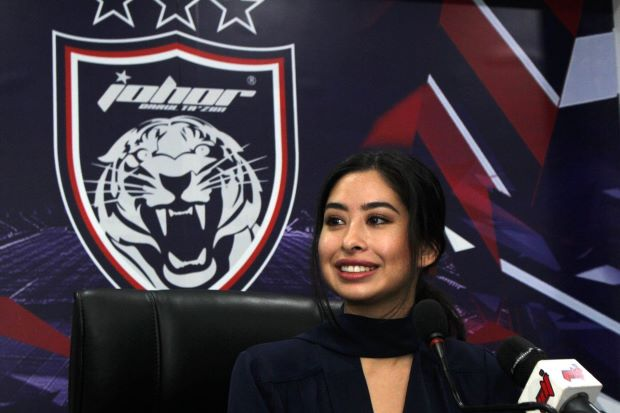 JDT donates Malaysia Cup winnings to Penang flood victims!